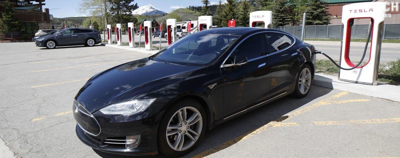 Илон Маск рассказал о семиместной Tesla Model S