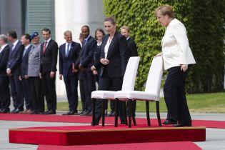"""""""Коли тремтить Меркель, тремтить ЄС"""": на Заході шукають пояснень дивному стану канцлерки"""
