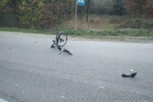 На трасі у Львівській області 43-річний чоловік збив велосипедиста