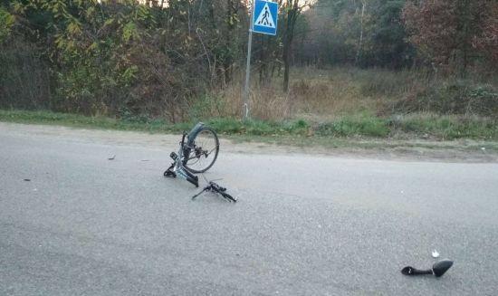 На Житомирщині поліцейський збив на смерть велосипедиста і втік з місця трагедії