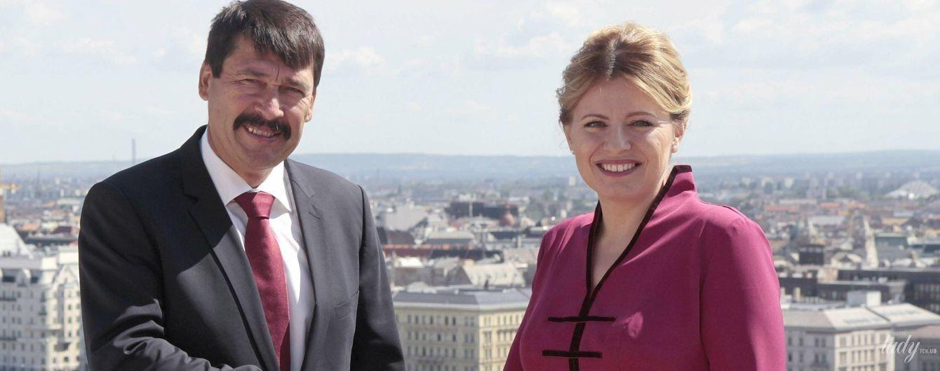 Она прекрасна: президент Словакии Зузана Чапутова подчеркнула стройную фигуру розовым нарядом