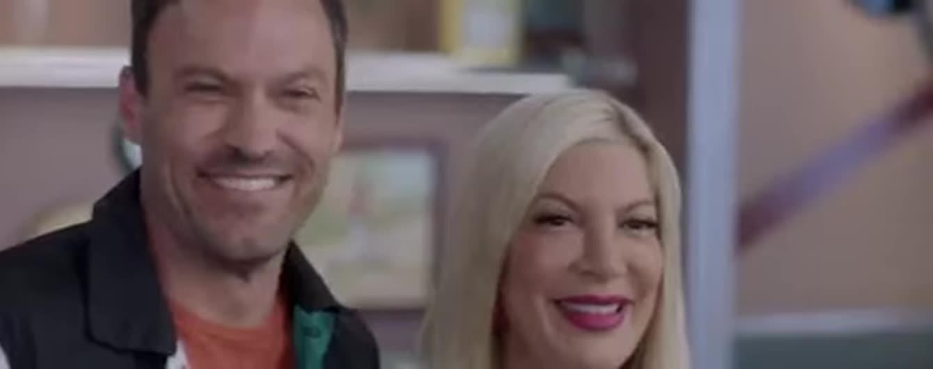"""Звезды """"Беверли-Хиллз, 90210"""" в новом тизере вспомнили прежние посиделки и бесконечные поцелуи"""