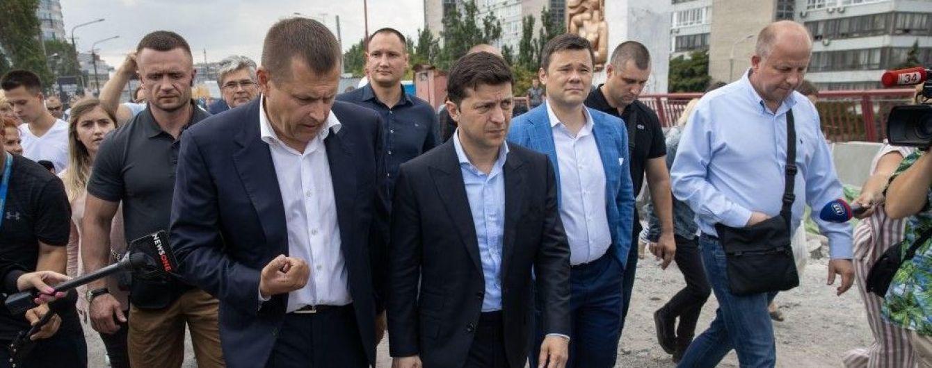 Парі Зеленського і Філатова. Мер Дніпра піде у відставку, якщо не відремонтує міст за два місяці