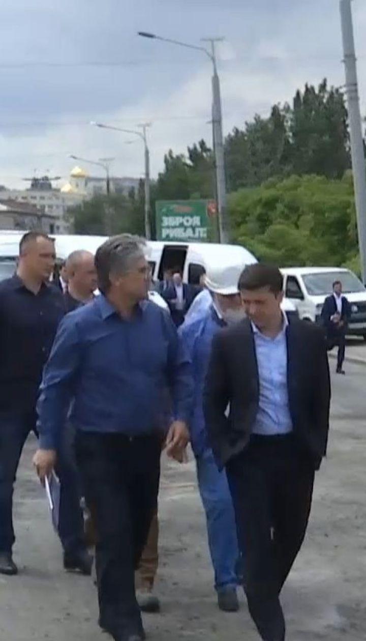 Президент побився об заклад із очільником Дніпра щодо ремонту міського мосту