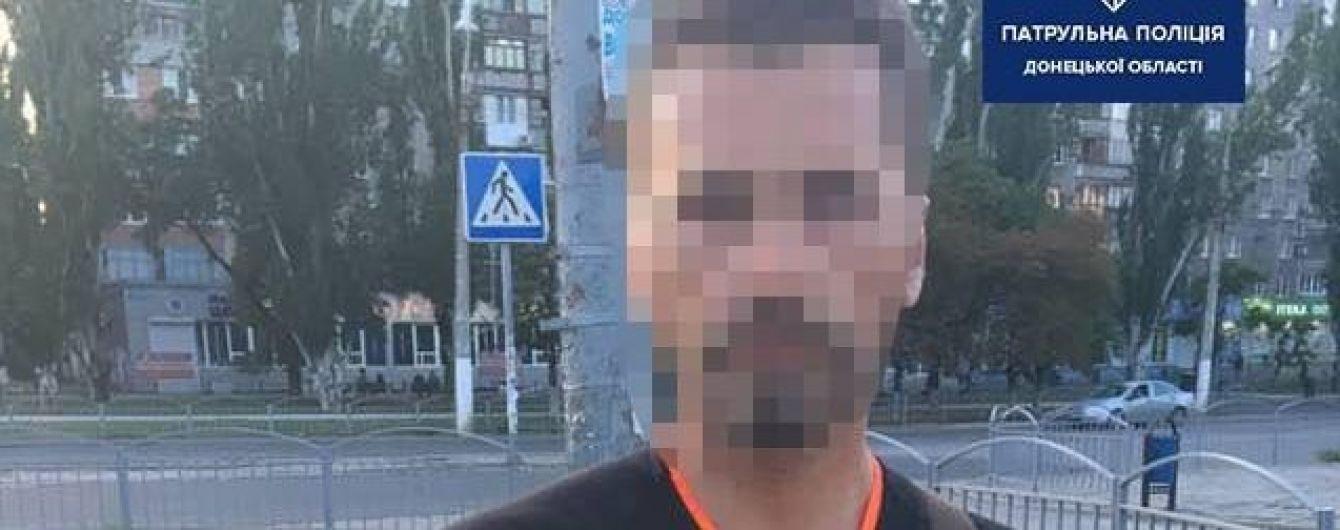 У Маріуполі патрульні випадково затримали чоловіка, який вісім років вважався померлим