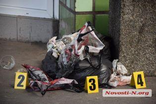 На николаевском автовокзале уборщица нашла труп новорожденного ребенка в урне для мусора