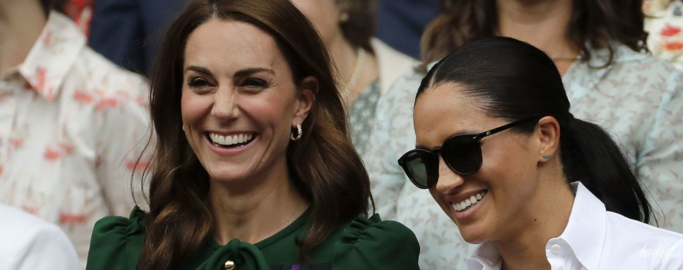 Вышли в свет вместе: герцогини Кембриджская и Сассекская на финале Уимблдонского турнира