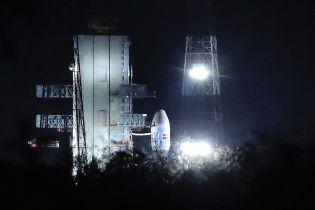 За час до запуска: в Индии приостановили отправку миссии на Луну