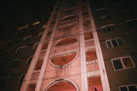 У Києві 22-річний чоловік повісився на дверях квартири