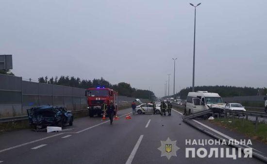 У поліції уточнили кількість постраждалих унаслідок масштабної ДТП під Києвом