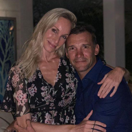 Шевченко милим фото з Крістен Пазік показав, як відсвяткував річницю подружнього життя