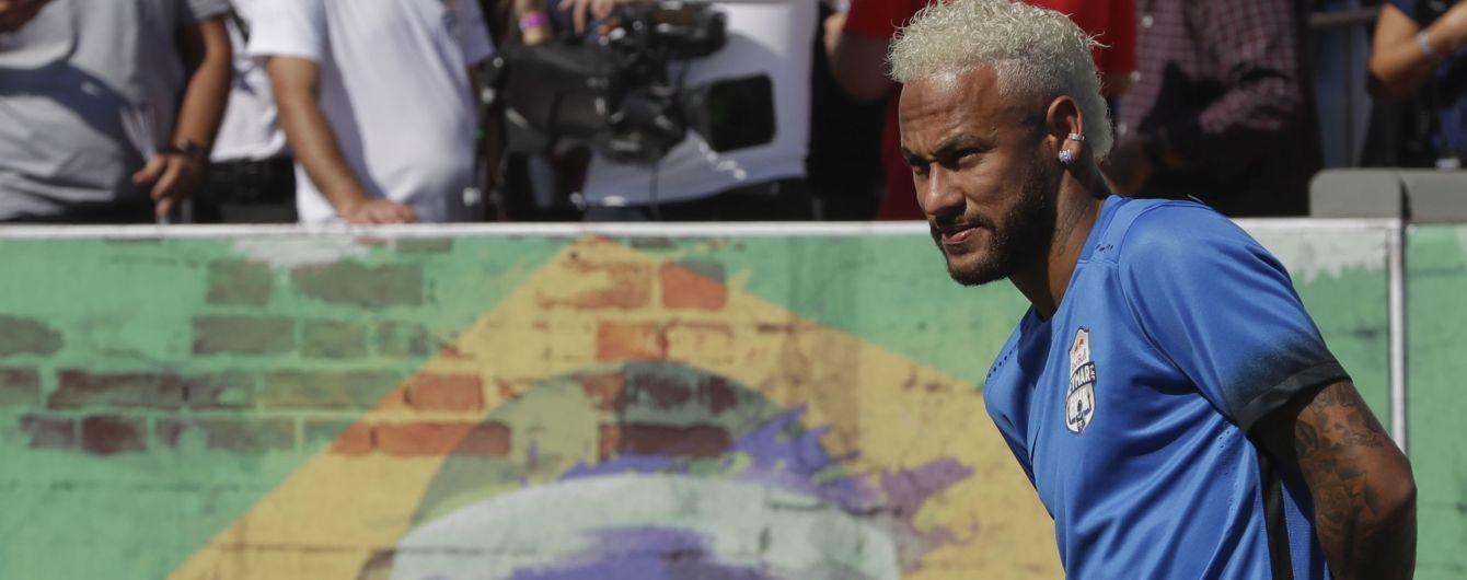 Неймар приєднався до ПСЖ і покинув розташування клубу після розмови зі спортивним директором