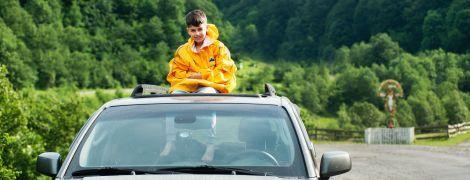 В Австралии дети на родительском автомобиле бросились на побережье