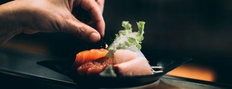 Тунец за 3 миллиона долларов и дыни по 45 тысяч. Почему в Японии такая дорогая еда и кто ее покупает