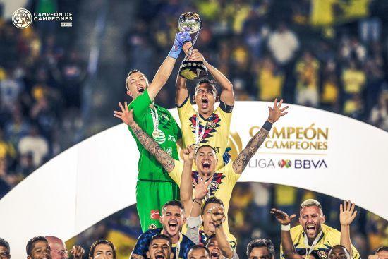 Суперворотар. Голкіпер відбив три пенальті та забив переможний гол у Суперкубку Мексики