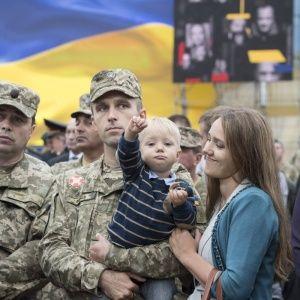 В Україні набув чинності закон про державну мову. Для кого українська є обов'язковою і які штрафи