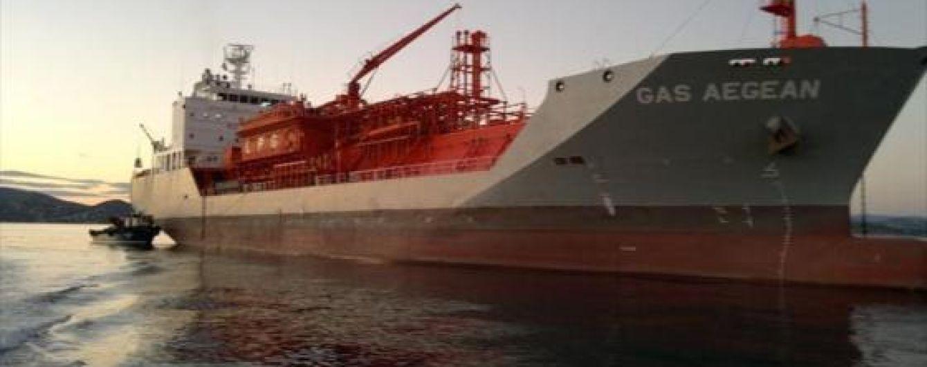 На борту танкера в Индийском океане нашли мертвыми украинского и российского моряков
