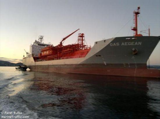 На борту танкера в Індійському океані знайшли мертвими українського і російського моряків