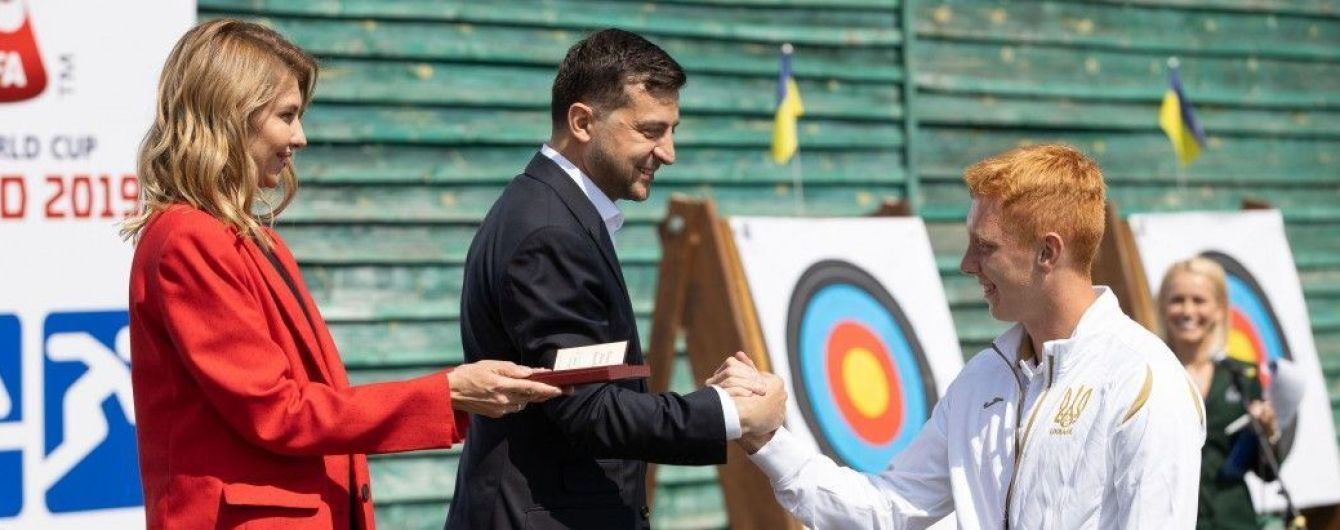 Зеленський пообіцяв збільшити стипендії спортсменам