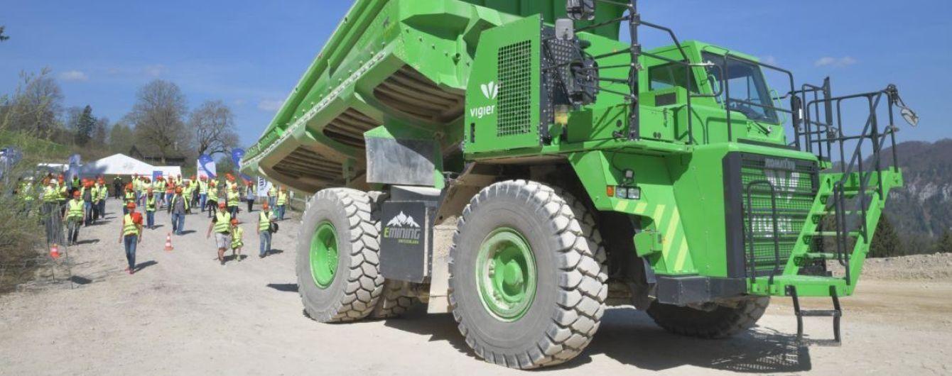 Невероятно. 110-тонный грузовик стал самым большим электрокаром в мире