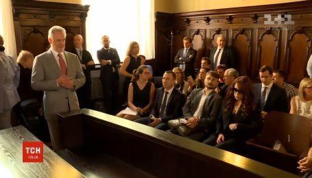 Адвокаты Фирташа пытаются отсрочить его экстрадицию в США