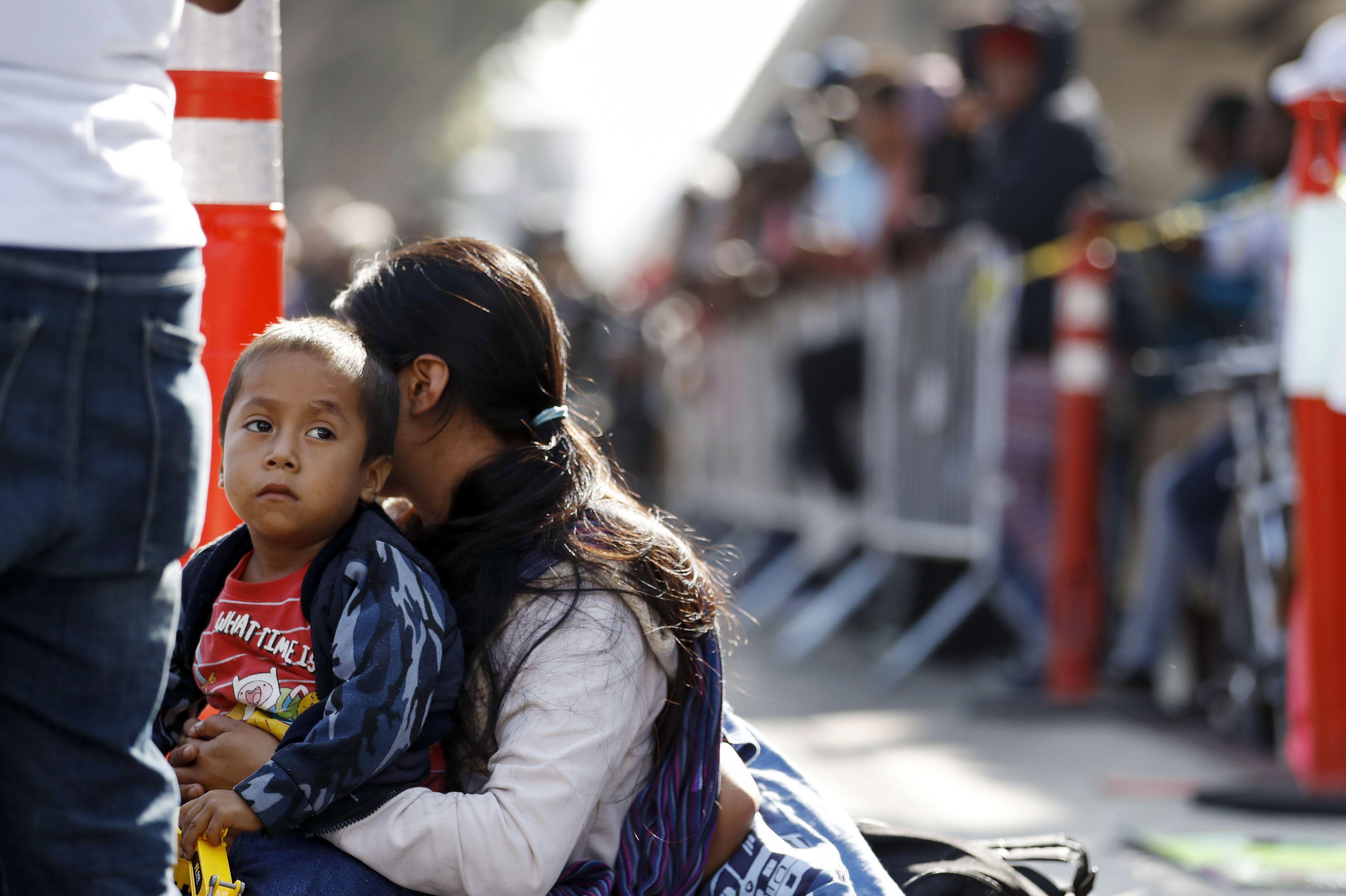 Мігранти на кордоні США
