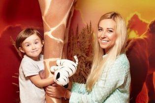 """Тоня Матвієнко з підрослою донечкою від Мірзояна сходили на прем'єру фільму """"Король лев"""""""