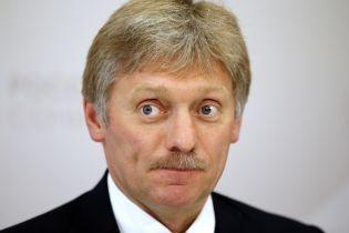 В Кремле отреагировали на слова Лукашенко, который назвал сторонами войны на Донбассе Украину и РФ