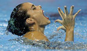 """Емоції """"русалоньок"""". Найкращі гримаси спортсменок в артистичному плаванні на Чемпіонаті світу-2019"""