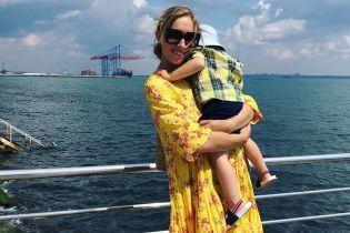 В бікіні-бандо і з сином: Катя Осадча показала, як проводить час в Одесі