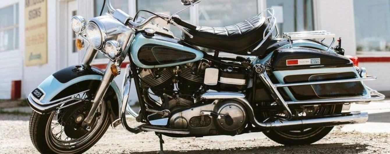 Последний мотоцикл Элвиса Пресли пустят с молотка