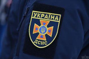 На Днепропетровщине спасатели ликвидировали опасную утечка азота