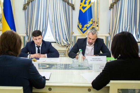 Зеленський та Рябошапка візьмуть участь у брифінгу щодо затримання підозрюваних у вбивстві Шеремета