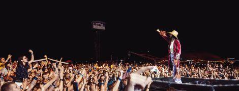 """""""Ах, Одесса"""": 30 Seconds to Mars устроили в Киеве выступление под фейерверки и спели про """"жемчужину у моря"""""""