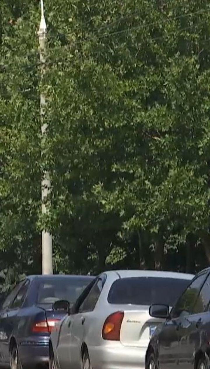 Пробки пленили Днепр: горожане добираются к своим работам пешком