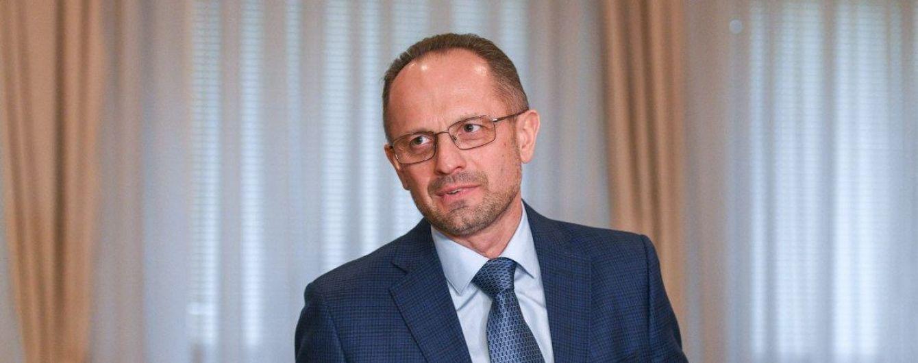 В Офисе президента объяснили, почему уволили Бессмертного из ТКГ в Минске - theБабель