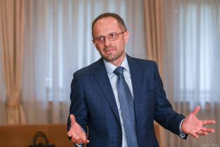 Україна має припинити участь у Мінських переговорах після вбивства військових на Донбасі – Безсмертний