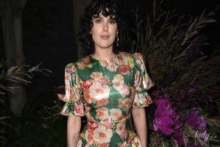 Не впізнати просто: дочка Демі Мур - Румер, у красивому вбранні прийшла на світський прийом