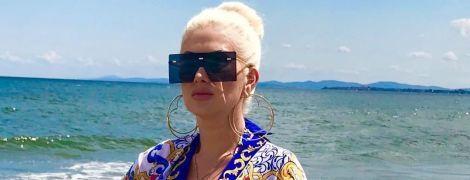 Гламурная блондинка: Екатерина Бужинская поделилась лифтолуком