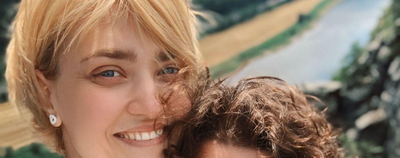 """Кекелия устроила евротур, Песык уехала в Барселону: как провели отпуск актрисы """"Женского Квартала"""""""