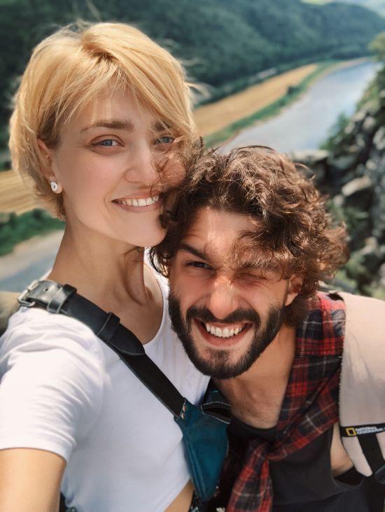 """Кекелія влаштувала євротур, Песик поїхала до Барселони: як провели відпустку акторки """"Жіночого Кварталу"""""""