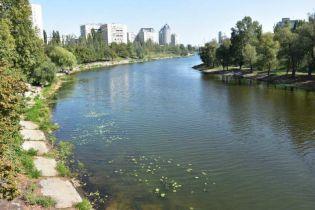 В Русановском канале Киева нашли тело мужчины