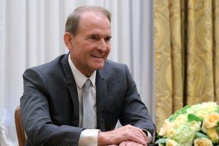 Медведчук подал на Кипиани в суд и хочет запретить распространение книги о Стусе
