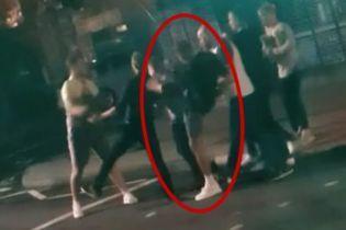 Футболісти клубу АПЛ влаштували нічну бійку на вулиці