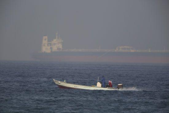 Виконав обіцянку: Іран захопив британський танкер у міжнародній протоці