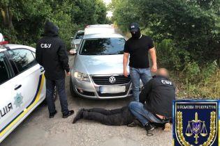На Виннитчине задержали двух полицейских за более 50 случаев взяточничества