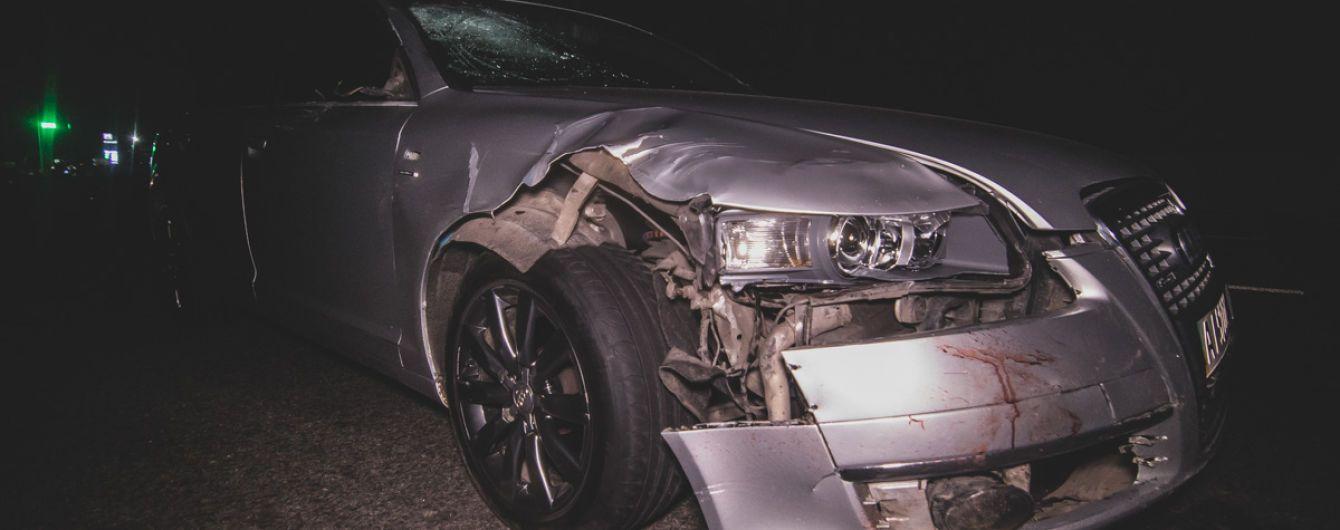Смертельна ДТП під Києвом: 20-річний водій легковика збив на смерть трьох пішоходів