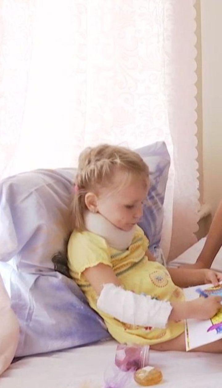На Херсонщині 5-річна дівчинка випала з четвертого поверху