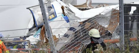 В Германии в гипермаркет врезался самолет, есть жертвы