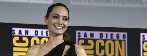 Квітуча Анджеліна Джолі підтвердила, що приєдналася до кіновсесвіту Marvel
